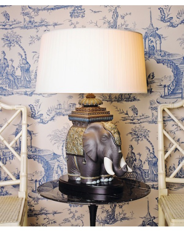 Lladro - Siamese Elephant  Table lamp